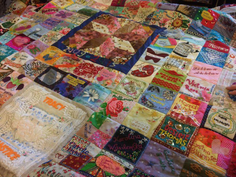 quilt-830-women1