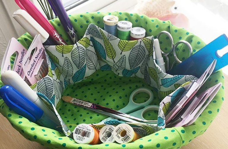 Wendy Gardiner: Craft Basket Liner with Pockets